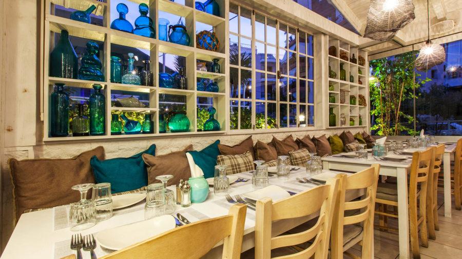 Psardes-Restaurant-4.jpg