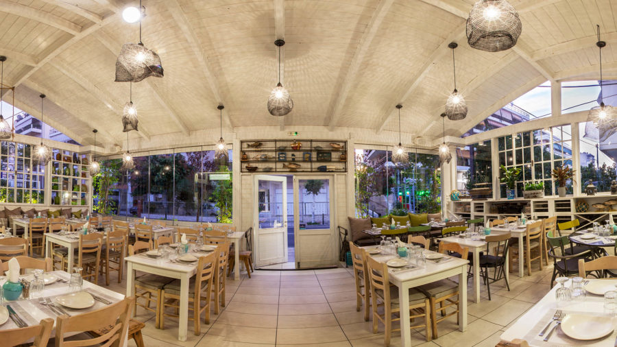 Psardes-Restaurant-2.jpg